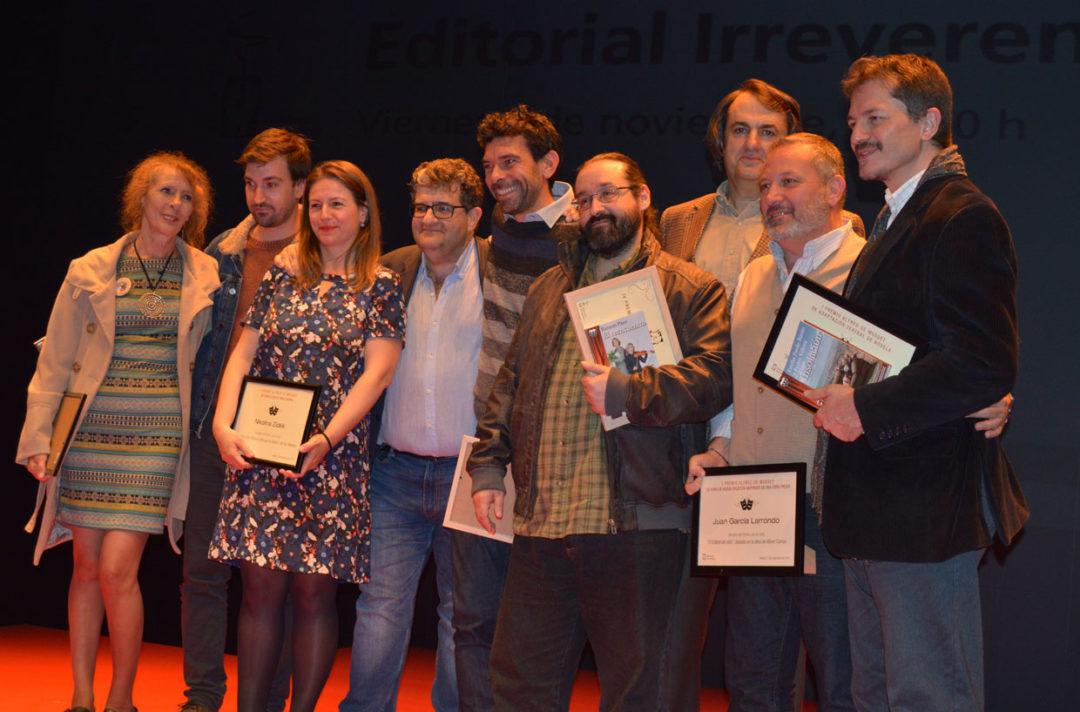 Autores en el espacio de Ediciones Irreverentes
