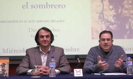 Miguel Ángel de Rus presenta en Valladolid y en Palencia su libro '36 maneras de quitarse el sombrero'